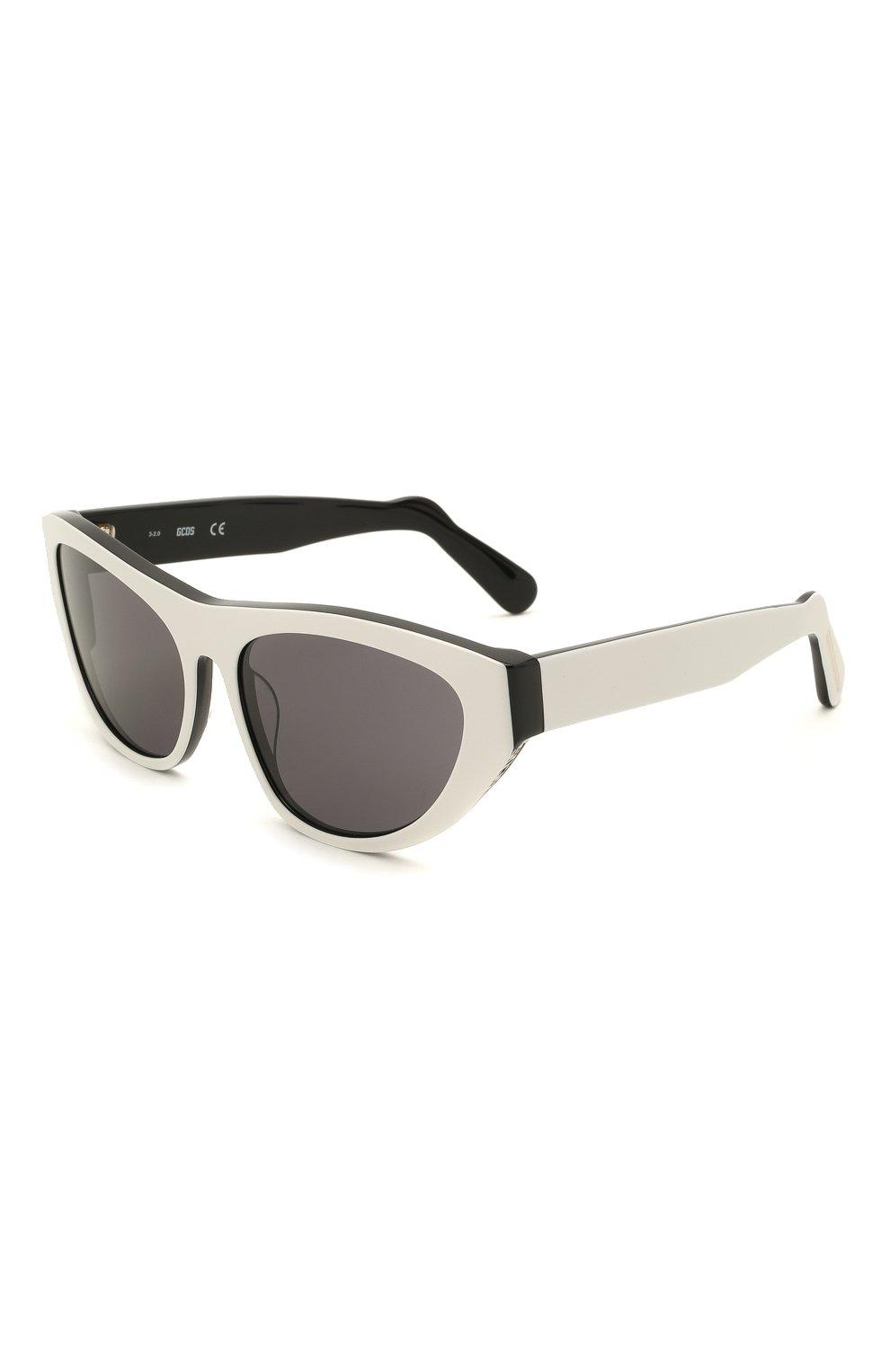 Женские солнцезащитные очки GCDS черно-белого цвета, арт. GD0010 21A | Фото 1 (Тип очков: С/з; Очки форма: Cat-eye; Оптика Гендер: оптика-унисекс)