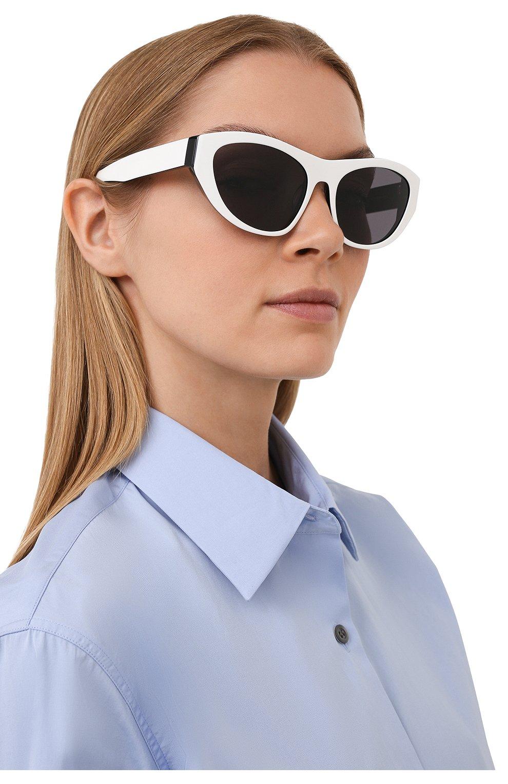 Женские солнцезащитные очки GCDS черно-белого цвета, арт. GD0010 21A | Фото 2 (Тип очков: С/з; Очки форма: Cat-eye; Оптика Гендер: оптика-унисекс)