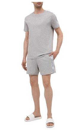Мужская хлопковая футболка CALVIN KLEIN серого цвета, арт. KM0KM00607 | Фото 2