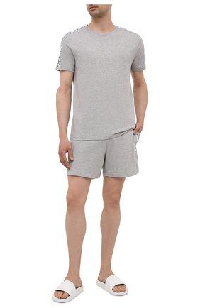Мужские хлопковые шорты CALVIN KLEIN серого цвета, арт. KM0KM00611 | Фото 2