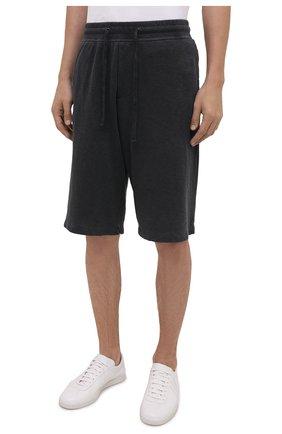 Мужские хлопковые шорты JAMES PERSE темно-серого цвета, арт. MXA4118 | Фото 3 (Принт: Без принта; Длина Шорты М: Ниже колена; Кросс-КТ: Трикотаж; Материал внешний: Хлопок; Стили: Спорт-шик)