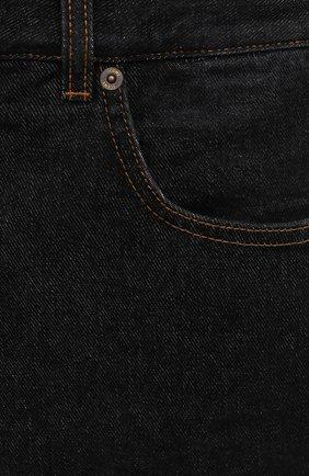 Мужские джинсы LOEWE черного цвета, арт. H526Y04W46 | Фото 5 (Силуэт М (брюки): Широкие; Кросс-КТ: Деним; Длина (брюки, джинсы): Стандартные; Материал внешний: Хлопок; Стили: Минимализм)