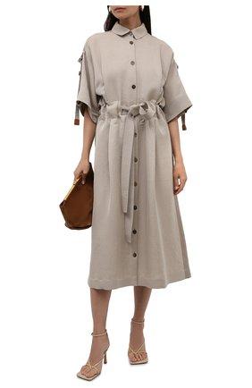 Женское льняное платье LOEWE бежевого цвета, арт. S359335XFU | Фото 2 (Материал внешний: Лен; Длина Ж (юбки, платья, шорты): Миди; Стили: Бохо; Случай: Повседневный; Женское Кросс-КТ: Платье-одежда; Рукава: Короткие)