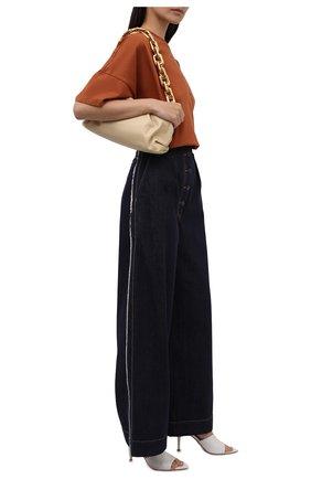 Женские джинсы LOEWE темно-синего цвета, арт. S359331XD8 | Фото 2 (Материал внешний: Хлопок; Длина (брюки, джинсы): Стандартные; Стили: Бохо; Силуэт Ж (брюки и джинсы): Широкие)