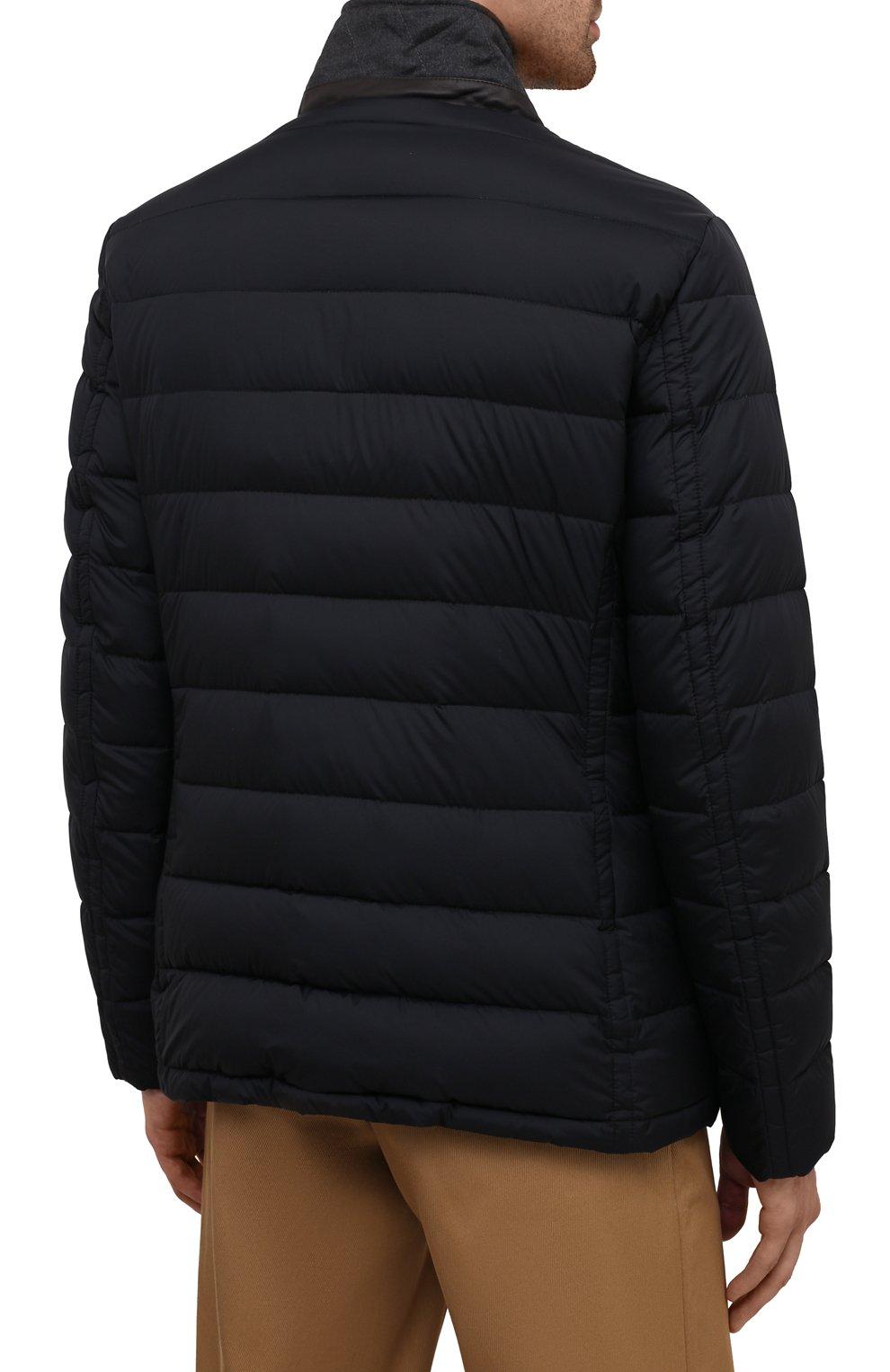 Мужская пуховая куртка zayn-op MOORER темно-синего цвета, арт. ZAYN-0P/M0UGI100307-TEPA017 | Фото 4 (Кросс-КТ: Куртка; Мужское Кросс-КТ: пуховик-короткий; Рукава: Длинные; Материал внешний: Синтетический материал; Материал подклада: Синтетический материал; Длина (верхняя одежда): Короткие; Материал утеплителя: Пух и перо; Стили: Кэжуэл)