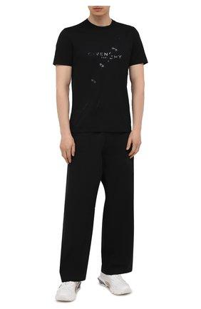 Мужская хлопковая футболка GIVENCHY черного цвета, арт. BM713Y3Y6B | Фото 2 (Длина (для топов): Стандартные; Материал внешний: Хлопок; Стили: Кэжуэл; Рукава: Короткие; Принт: С принтом)