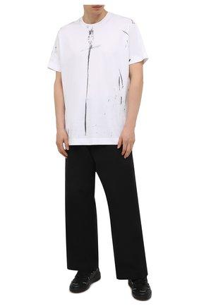 Мужская хлопковая футболка GIVENCHY белого цвета, арт. BM712W3Y6B | Фото 2 (Материал внешний: Хлопок; Стили: Кэжуэл; Рукава: Короткие; Принт: С принтом; Длина (для топов): Удлиненные)