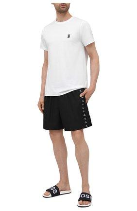 Мужские плавки-шорты CALVIN KLEIN черного цвета, арт. KM0KM00573   Фото 2 (Материал внешний: Синтетический материал; Принт: Без принта)