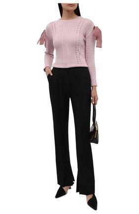 Женский пуловер REDVALENTINO светло-розового цвета, арт. WR3KC09I/648 | Фото 2 (Материал внешний: Шерсть, Синтетический материал, Вискоза; Длина (для топов): Стандартные; Женское Кросс-КТ: Пуловер-одежда; Стили: Романтичный; Рукава: Длинные)