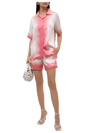 Женские шелковые шорты CASABLANCA розового цвета, арт. WS21-TR-035 KAPALIA | Фото 2 (Женское Кросс-КТ: Шорты-одежда; Материал внешний: Шелк; Длина Ж (юбки, платья, шорты): Мини; Материал подклада: Синтетический материал; Стили: Романтичный)