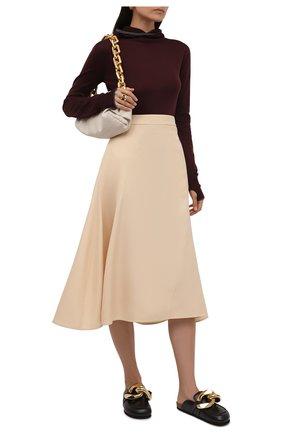 Женская шерстяная водолазка JIL SANDER темно-коричневого цвета, арт. JPPT754502-WTY21288 | Фото 2 (Длина (для топов): Стандартные; Рукава: Длинные; Материал внешний: Шерсть; Стили: Кэжуэл; Женское Кросс-КТ: Водолазка-одежда)