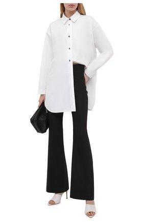 Женская хлопковая рубашка JIL SANDER белого цвета, арт. JSCT603105-WT244200 | Фото 2 (Материал внешний: Хлопок; Рукава: Длинные; Женское Кросс-КТ: Рубашка-одежда; Принт: Без принта; Стили: Кэжуэл)
