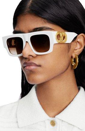 Женские солнцезащитные очки LOUIS VUITTON белого цвета, арт. Z1542W | Фото 2