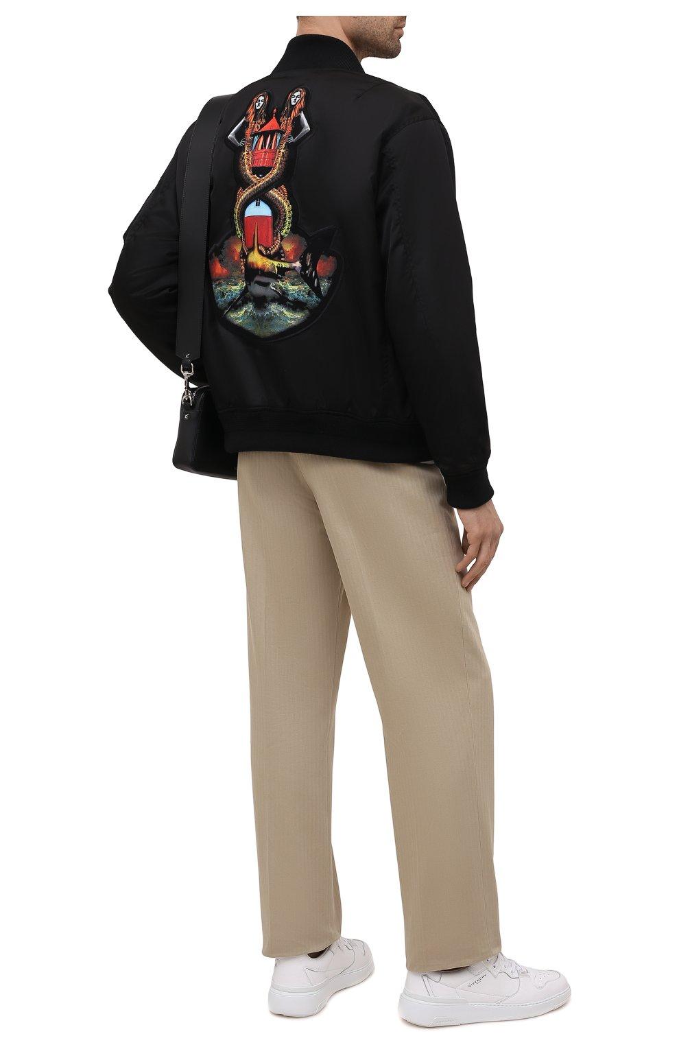 Мужской утепленный бомбер BURBERRY черного цвета, арт. 8040669   Фото 2 (Кросс-КТ: Куртка; Рукава: Длинные; Материал внешний: Синтетический материал; Стили: Гранж; Принт: С принтом; Длина (верхняя одежда): Короткие; Материал подклада: Купро)