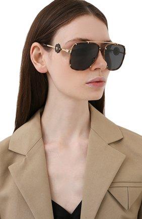 Женские солнцезащитные очки VERSACE коричневого цвета, арт. 2233-147087 | Фото 2