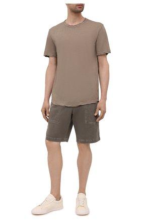 Мужские хлопковые шорты JAMES PERSE хаки цвета, арт. MNW4197 | Фото 2