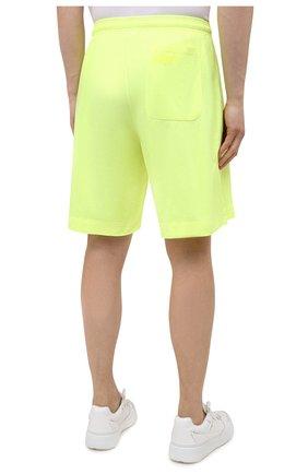 Мужские хлопковые шорты VETEMENTS светло-зеленого цвета, арт. UA52TR400Y 1610/M   Фото 4 (Длина Шорты М: До колена; Кросс-КТ: Трикотаж; Материал внешний: Хлопок; Стили: Спорт-шик)