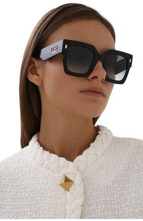 Женские солнцезащитные очки FENDI черного цвета, арт. 0457/G 807 | Фото 2