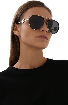 Женские солнцезащитные очки VERSACE черного цвета, арт. 2232-143887 | Фото 2