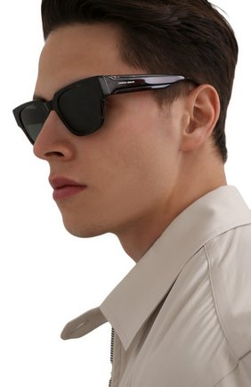 Мужские солнцезащитные очки GIORGIO ARMANI коричневого цвета, арт. AR8147 | Фото 2