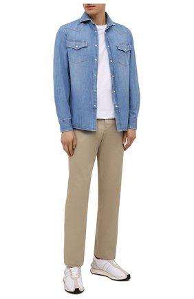 Мужская джинсовая рубашка BRUNELLO CUCINELLI голубого цвета, арт. ME6454008 | Фото 2 (Материал внешний: Хлопок; Случай: Повседневный; Длина (для топов): Стандартные; Рукава: Длинные; Стили: Кэжуэл; Воротник: Акула; Принт: Однотонные; Манжеты: На пуговицах; Кросс-КТ: Деним)