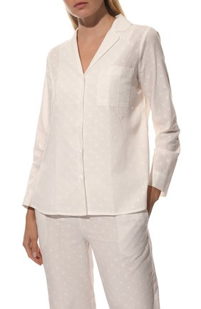 Женская хлопковая пижама YOLKE белого цвета, арт. SS21-02C-CJ-W | Фото 3 (Рукава: Длинные; Длина Ж (юбки, платья, шорты): Мини; Длина (брюки, джинсы): Стандартные; Длина (для топов): Стандартные; Материал внешний: Хлопок)