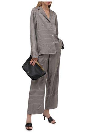 Женские шелковые брюки TOTÊME серого цвета, арт. 213-255-707 | Фото 2