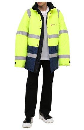 Мужская двусторонняя куртка BALENCIAGA разноцветного цвета, арт. 660125/TYD33   Фото 2 (Материал подклада: Синтетический материал; Материал внешний: Синтетический материал; Рукава: Длинные; Мужское Кросс-КТ: пуховик-короткий; Кросс-КТ: Куртка)
