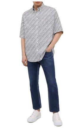 Мужские джинсы BALENCIAGA синего цвета, арт. 657611/TJW68 | Фото 2 (Длина (брюки, джинсы): Стандартные; Материал внешний: Хлопок; Силуэт М (брюки): Прямые; Кросс-КТ: Деним; Стили: Гранж)