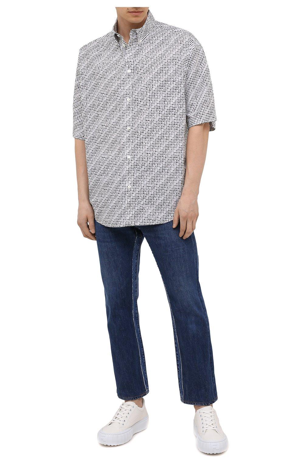 Мужская хлопковая рубашка BALENCIAGA черно-белого цвета, арт. 647354/TKL40 | Фото 2 (Воротник: Button down; Рукава: Короткие; Случай: Повседневный; Длина (для топов): Стандартные; Стили: Гранж; Принт: С принтом; Материал внешний: Хлопок)