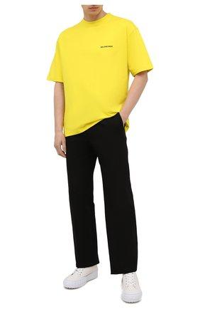 Мужская хлопковая футболка BALENCIAGA желтого цвета, арт. 612966/TIVG5 | Фото 2 (Материал внешний: Хлопок; Длина (для топов): Укороченные; Стили: Спорт-шик, Гранж; Рукава: Короткие; Принт: С принтом)