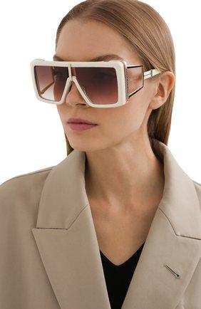 Женские солнцезащитные очки BALMAIN кремвого цвета, арт. BPS-107D-61 | Фото 2 (Тип очков: С/з; Очки форма: Over-size)