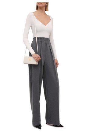 Женские хлопковые брюки BRUNELLO CUCINELLI темно-серого цвета, арт. MH827P7704 | Фото 2 (Длина (брюки, джинсы): Удлиненные; Материал внешний: Хлопок; Силуэт Ж (брюки и джинсы): Прямые; Женское Кросс-КТ: Брюки-одежда; Стили: Кэжуэл)
