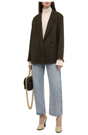 Женское кашемировое пальто THE ROW хаки цвета, арт. 5611W1959 | Фото 2 (Материал подклада: Шелк; Рукава: Длинные; Материал внешний: Шерсть, Кашемир; Длина (верхняя одежда): Короткие; Стили: Кэжуэл; 1-2-бортные: Двубортные)