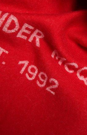 Женский шерстяной шарф ALEXANDER MCQUEEN красного цвета, арт. 665288/3200Q   Фото 2 (Материал: Шерсть)