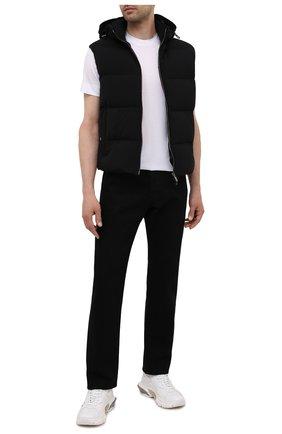 Мужской пуховый жилет GIORGIO ARMANI черного цвета, арт. 0WGGK01L/T00AP | Фото 2
