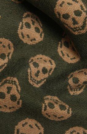 Мужской шерстяной шарф ALEXANDER MCQUEEN зеленого цвета, арт. 624425/4200Q | Фото 2
