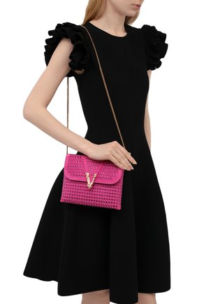 Женская сумка virtus VERSACE фуксия цвета, арт. DBSH322/1A00861 | Фото 2 (Размер: mini; Материал: Натуральная кожа; Сумки-технические: Сумки через плечо; Ремень/цепочка: С цепочкой)