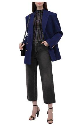 Женская шелковая водолазка VERSACE разноцветного цвета, арт. 1001153/1A00885   Фото 2 (Длина (для топов): Стандартные; Материал внешний: Шелк; Рукава: Длинные; Женское Кросс-КТ: Водолазка-одежда; Стили: Гламурный)
