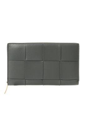 Женские кожаный кошелек maxi intreccio BOTTEGA VENETA серого цвета, арт. 651368/VCQC1 | Фото 1