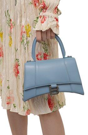 Женская сумка hourglass s BALENCIAGA голубого цвета, арт. 593546/1QJ4Y | Фото 2 (Материал: Натуральная кожа; Сумки-технические: Сумки top-handle; Размер: small; Ремень/цепочка: На ремешке)