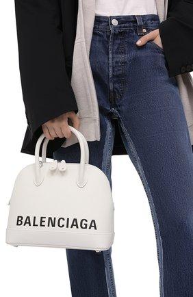 Женская сумка ville s BALENCIAGA белого цвета, арт. 550645/1IZ13 | Фото 2 (Ремень/цепочка: На ремешке; Размер: medium; Материал: Натуральная кожа; Сумки-технические: Сумки top-handle)