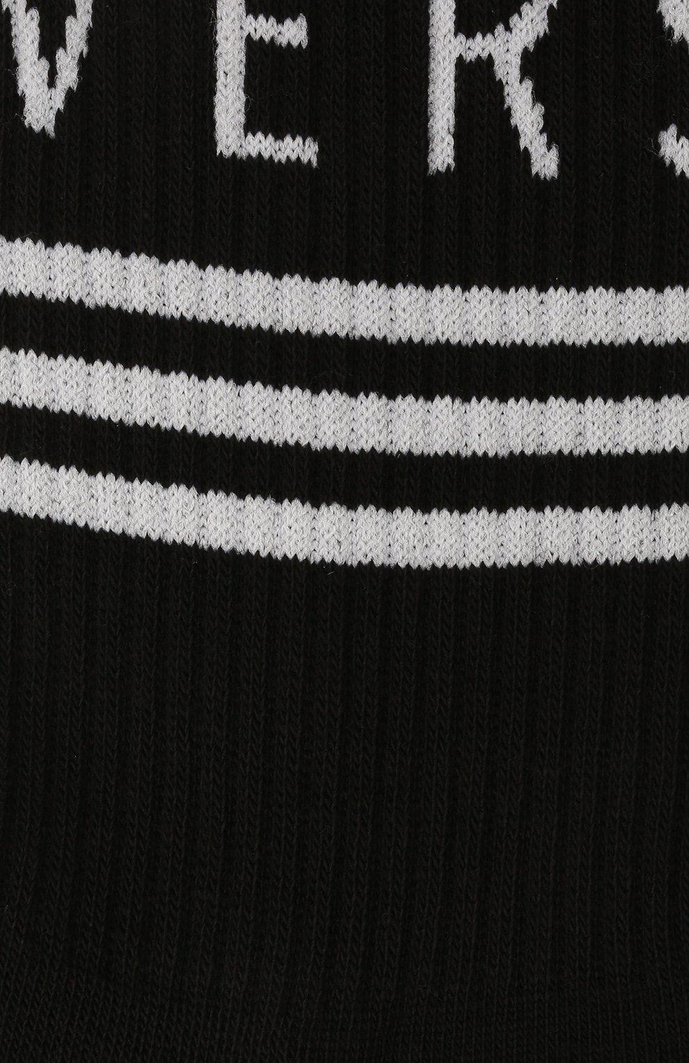Мужские хлопковые носки VERSACE черного цвета, арт. ICZ0003/IK0203   Фото 2 (Кросс-КТ: бельё; Материал внешний: Хлопок)