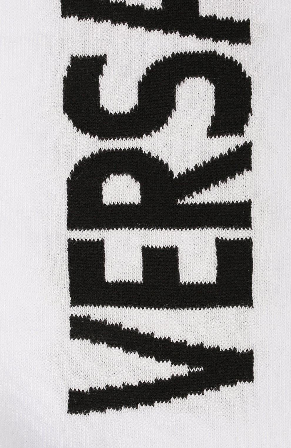 Мужские хлопковые носки VERSACE белого цвета, арт. ICZ0003/IK0104   Фото 2 (Кросс-КТ: бельё; Материал внешний: Хлопок)