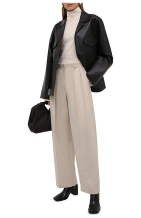Женские хлопковые брюки THE ROW кремвого цвета, арт. 5629W2047   Фото 2