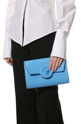 Женские кожаный кошелек на цепочке la medusa VERSACE голубого цвета, арт. 1000814/DVIT2T | Фото 2