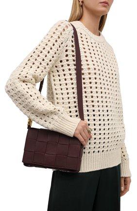 Женская сумка cassette BOTTEGA VENETA бордового цвета, арт. 666870/V17H1   Фото 2 (Материал: Натуральная кожа; Сумки-технические: Сумки через плечо; Ремень/цепочка: На ремешке; Размер: small)