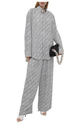 Женская хлопковая рубашка BALENCIAGA черно-белого цвета, арт. 658956/TKL40   Фото 2 (Материал внешний: Хлопок; Женское Кросс-КТ: Рубашка-одежда; Стили: Спорт-шик; Рукава: Длинные; Длина (для топов): Удлиненные; Принт: С принтом)