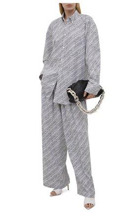Женские брюки из вискозы BALENCIAGA черно-белого цвета, арт. 658901/TKL44   Фото 2 (Длина (брюки, джинсы): Удлиненные; Силуэт Ж (брюки и джинсы): Широкие; Женское Кросс-КТ: Брюки-одежда; Стили: Спорт-шик; Материал внешний: Вискоза)