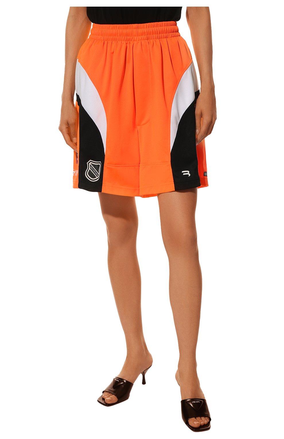 Женские шорты BALENCIAGA оранжевого цвета, арт. 657830/TKV24   Фото 3 (Женское Кросс-КТ: Шорты-одежда; Длина Ж (юбки, платья, шорты): Мини; Материал внешний: Синтетический материал; Стили: Спорт-шик)
